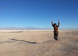 Dando pulos de alegria no deserto do Atacama